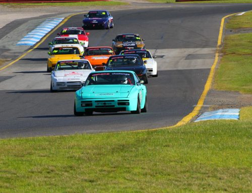 Round 4. Sandown – Race 2